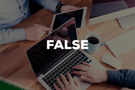 falso: False CONCEPT Foto de archivo