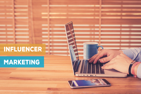 INFLUENCER MARKETING CONCEPT Stockfoto - 72237981