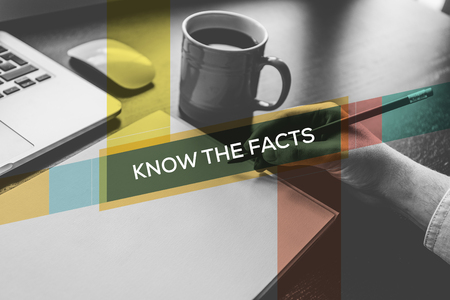 KNOW THE FACTS CONCEPT Banco de Imagens