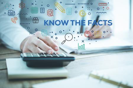 Conocer los hechos CONCEPTO Foto de archivo - 79719313