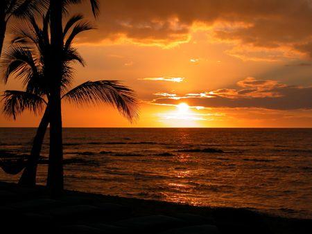 pacific islands: Beautiful Sunset at the Big Island of Hawaii