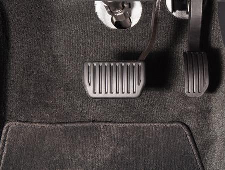 Brake and accelerator pedal of automatic transmission car Standard-Bild