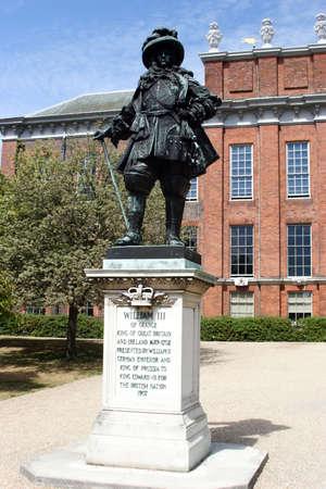 Statue of William at Kensington Palace, London.