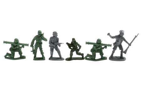 Objekt auf weiß - Kunststoff-Spielzeug Soldaten close up Standard-Bild - 9564930
