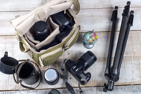 Zak en apparaten voor fotografie bovenaanzicht
