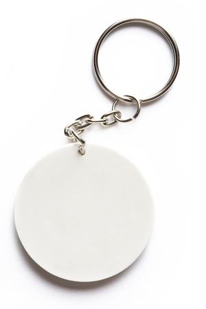 cadenas: Llavero sobre fondo blanco Foto de archivo
