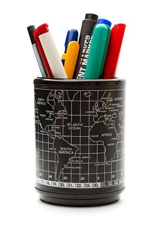 Set de stylos sur le fond blanc