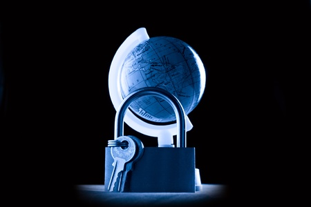 keylock: Globe and the keylock in blue