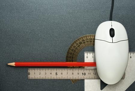 Computer-Maus und Zeichenwerkzeuge