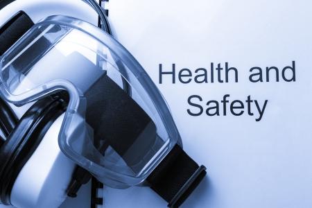 seguridad e higiene: Salud y seguridad con registro de gafas y aud�fonos