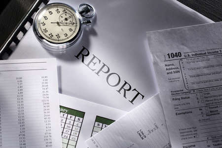 monthly salary: Operating budget, calendar, stopwatch and report