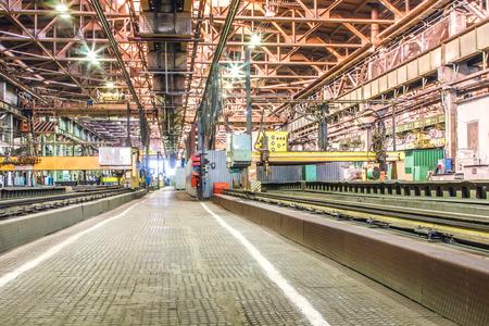 Machine shop of metallurgical works indoors room Banque d'images