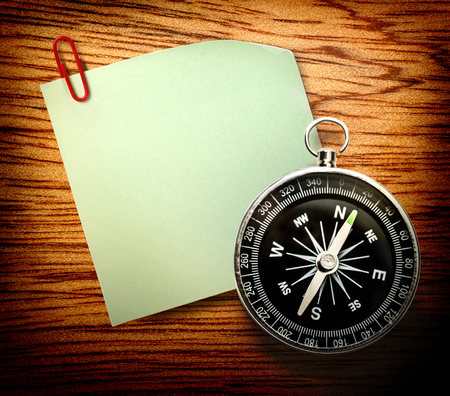 magnetic clip: Blank green sticker with red clip and compass