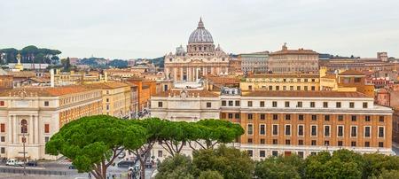 Panorama of Rome and Basilica of St. Peter Editöryel