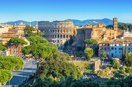 Scenic shot of Rome with Colosseum and Roman Forum, Italy. Stok Fotoğraf - 120508628