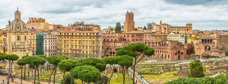 Scenic shot of Rome with Roman Forum, Italy. Stok Fotoğraf - 120508676