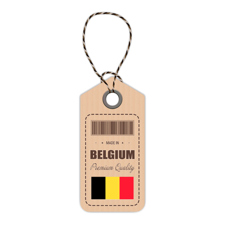 Étiquette volante fabriquée en Belgique avec l'icône du drapeau isolé sur fond blanc. Illustration vectorielle Made In Badge. Concept d'affaires. Achetez des produits fabriqués en Belgique. Utilisation pour brochures, imprimés, logos, fête de l'indépendance