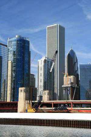 シカゴのダウンタウンの高層ビル 写真素材 - 2775887