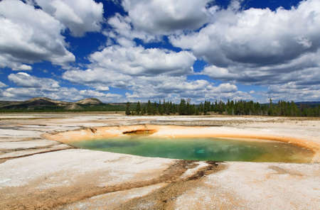 midway: The scenery at Midway Geyser Basin in Yellowstone National Park