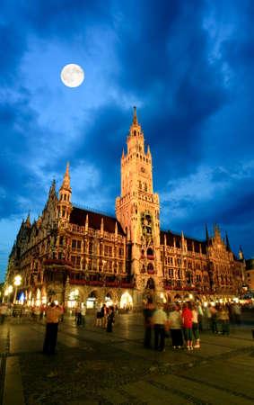 The night scene of town hall at the Marienplatz in Munich