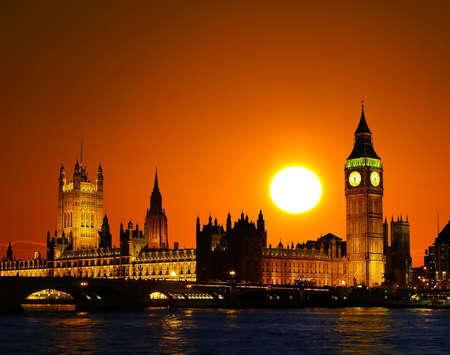 big: The Parliament Building - Big Ben, London