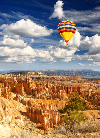 The Bryce Canyon National Park in USA    photo