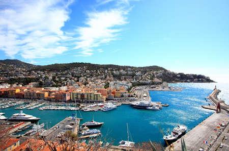 bella: vista aerea della citt� di Nizza e il porto