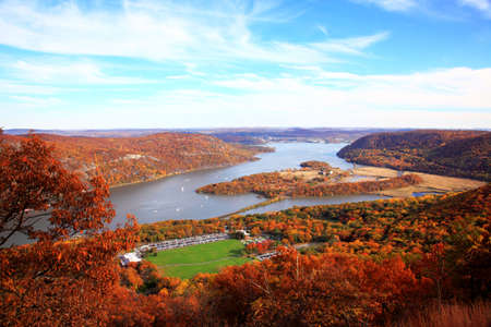 The foliage scenery at Hudson River region in New York State Imagens
