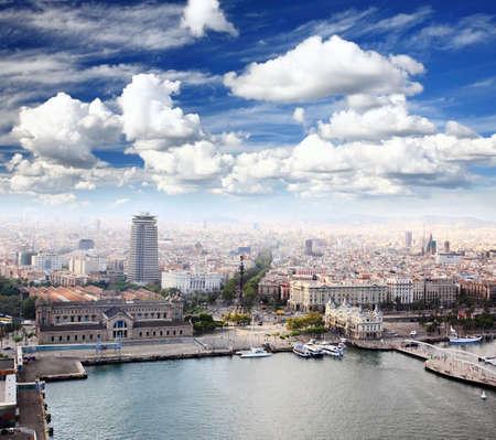 barcelone: Le Columbus Memorial et le centre-ville de Barcelone en Espagne