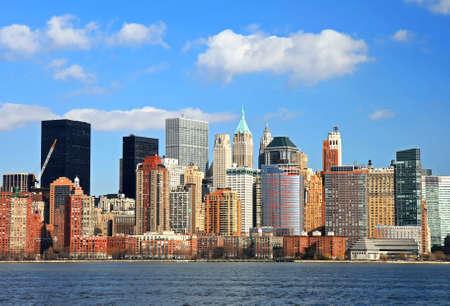 閲覧自由の公園ニュージャージーからより低いマンハッタンのスカイライン 写真素材 - 6345769