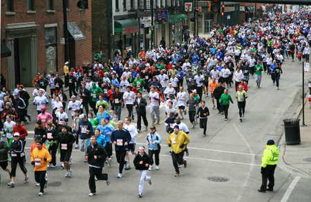 28,000 Runner in Chicago 8K Shamrock Shuffle - 2008 Stock Photo - 7358197