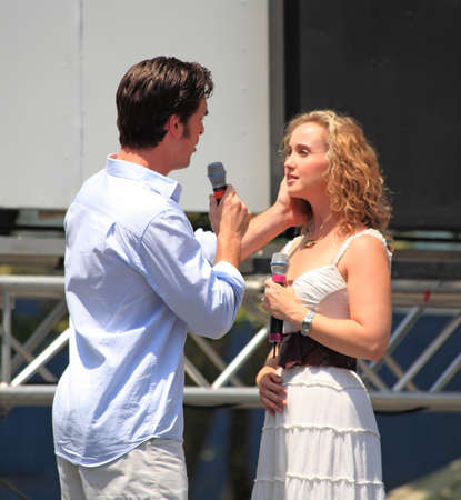 NEW YORK - July 17: Paul Shaefer and Elizabeth Loyacano performed in Phantom of the Opera - The Broadway at Bryant Park in NYC - a free public event on July 17, 2008