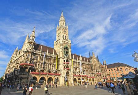 Munich -Sept 1, 2008: tourists wondering around at the marienplatz and city hall