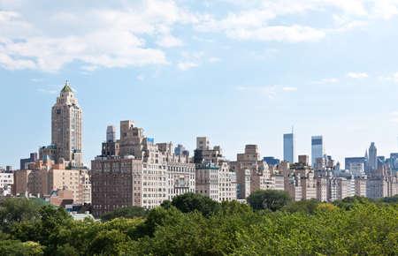 Skyline van Manhattan en het Central Park in New York City vs