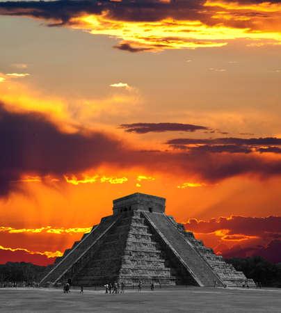 De tempels van chichen itza tempel in Mexico, een van de nieuwe 7 wonderen van de wereld