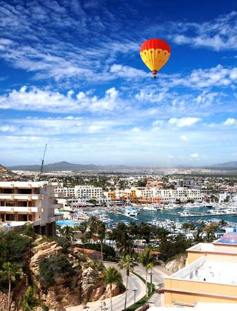Jacht haven en het centrum van Cabo San Lucas, Mexico