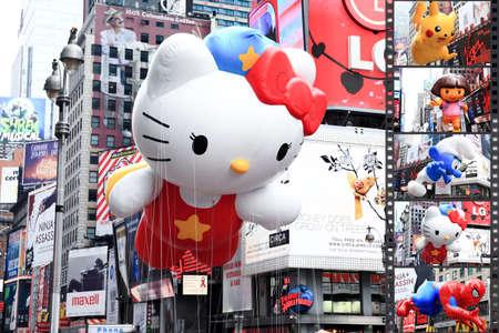 MANHATTAN - NOVEMBER 26: Een Hello Kitty-ballon die Times Square passeert tijdens de Thanksgiving Day-parade op 26 november 2009 in Manhattan. Redactioneel