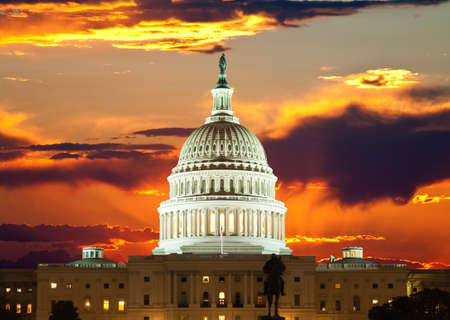 republican: Edificio del Capitolio de Estados Unidos en Washington DC