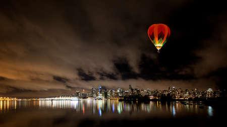 De Vancouver skyline van het centrum in de nacht, Canada BC Stockfoto