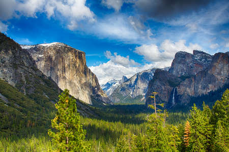 merced: The view of the Yosemite Valley from the tunnel entrance to the Valley. Yosemite National Park, California