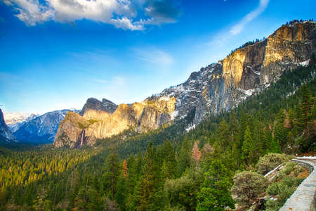 high sierra: Iconic Bridalveil Falls in the Yosemite Valley. Yosemite National Park, California, USA.