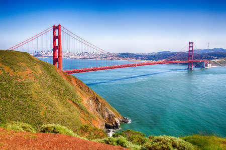 Landscape of the Golden Gate Bridge and San Francisco Bay. 版權商用圖片
