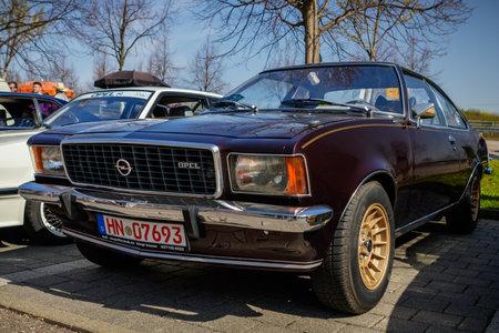 Ludwigsburg, Deutschland - 8. April 2018: Opel Rekord 1700 Oldtimer-Auto beim 2018 Retro Season Opener Meeting und Show.