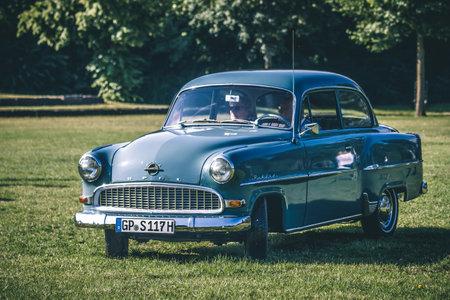 Heidenheim, Deutschland - 8. Juli 2018: Opel Rekord am 2. Oldtimer-Tag in Heidenheim an der Brenz, Deutschland.