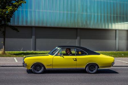 Heidenheim, Deutschland - 8. Juli 2018: 1971 Opel Commodore GS / E am 2. Oldtimer-Tag in Heidenheim an der Brenz, Deutschland.