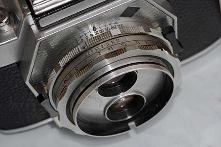 Lens van een oude camera