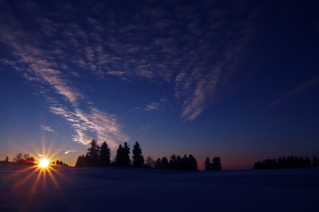 A beautiful winter day comes to an end Stock Photo - 17360004