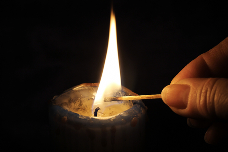 Light A Candle Imagens