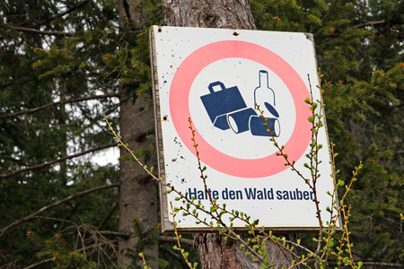 unconstitutional: Sign in the woods - No waste!