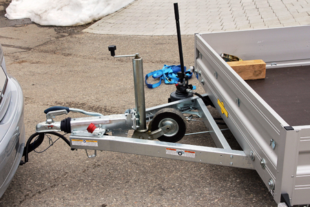 Trailer hitch with trailer on a car